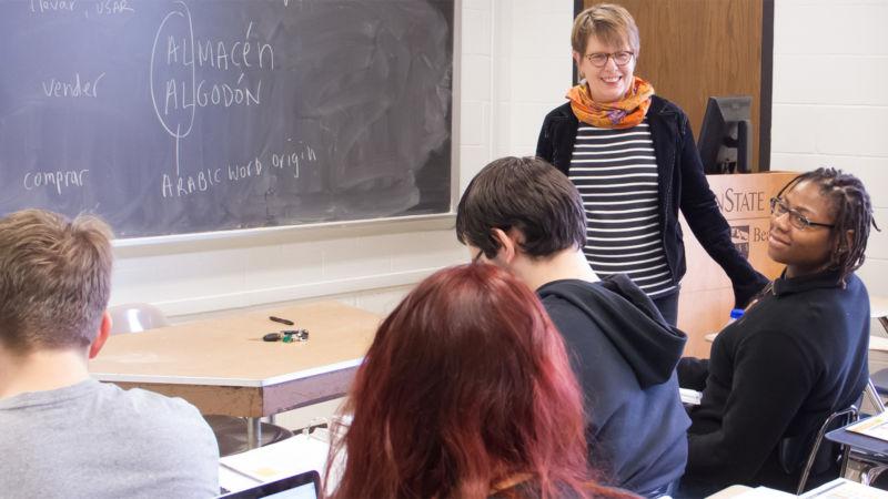 Robin Bower teaches a spanish class