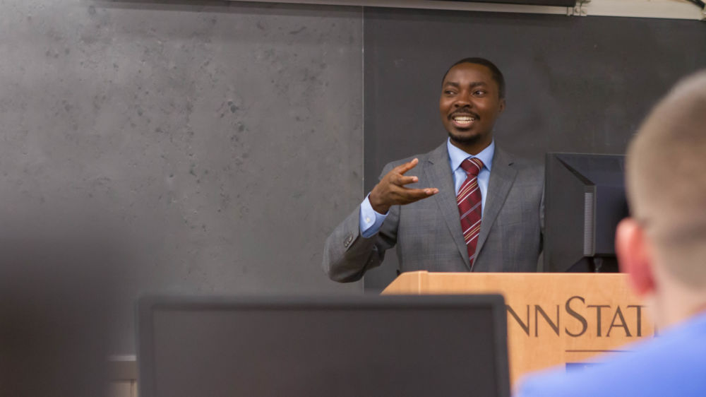 Penn State Beaver Assistant Professor of IST Richard Lomotey gives a lecture.
